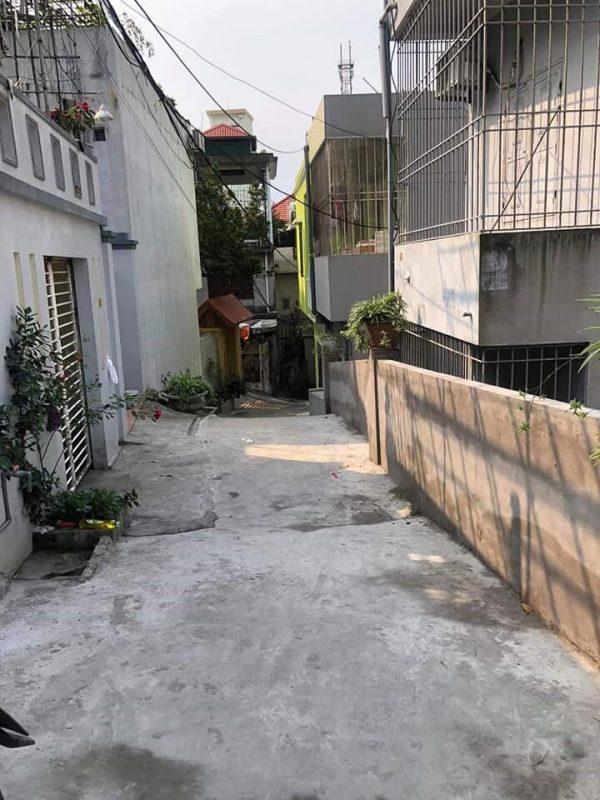 Ô đất Ngõ 4 Nguyễn Văn Cừ